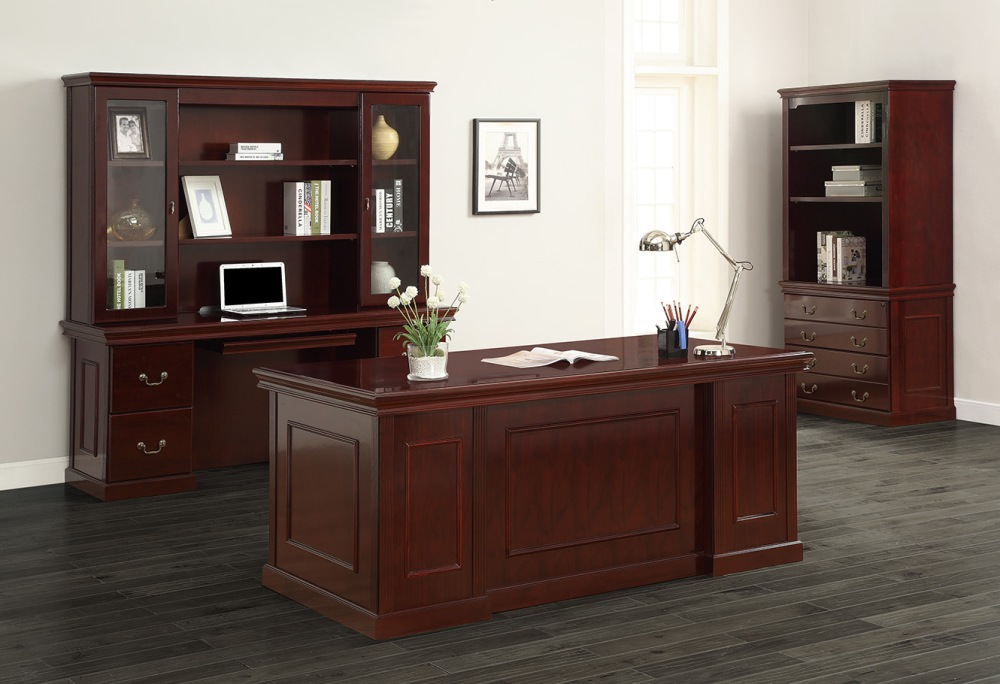 Taking inspiration from the past with statement molding and trim, deep wood tones, and a warm and welcoming feel, traditional style is a distinguished choice for the executive office.