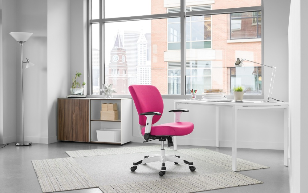 Who said that your office chair has to be basic black?Maximize Your Productivity with Colorful Office Chairs.