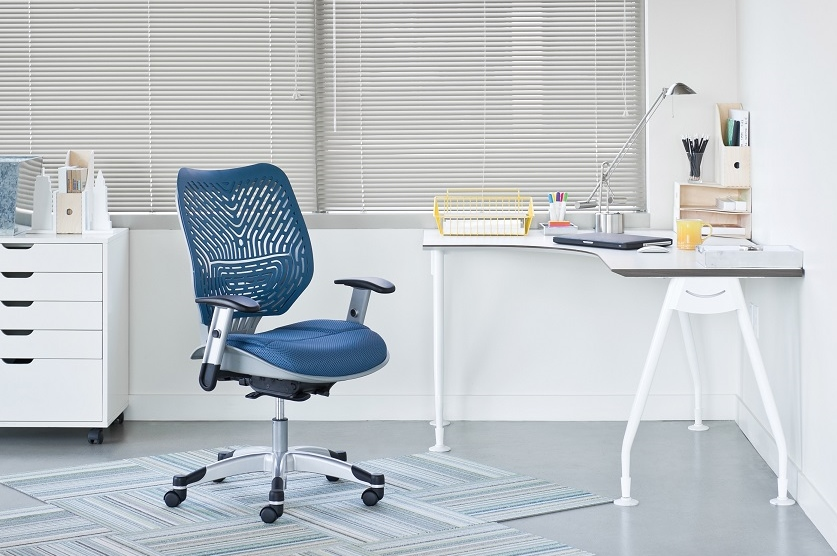 Unsurpassed up-to-the-minute ergonomic design arrives in the form of the Revv Series Self Adjusting SpaceFlex Back Chair with Self Adjusting Mechanism.