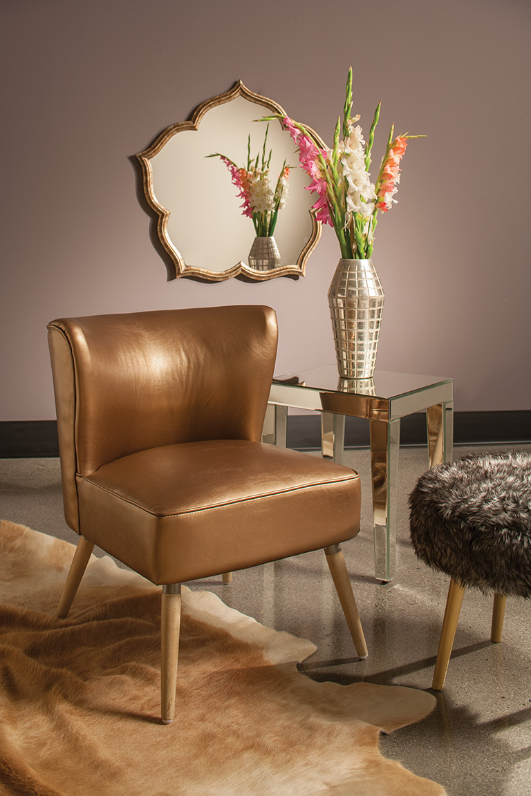 Go glam with the atomic ranch style of the Amity side chair, a romantic nod to mid-century modern design.